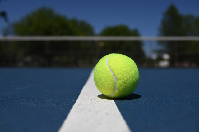 Why do tennis balls have lines